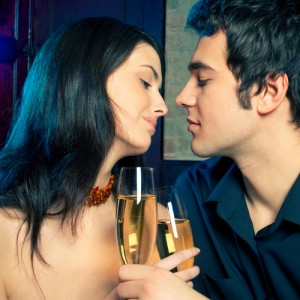 Benefits of a Swinger Club for Couples