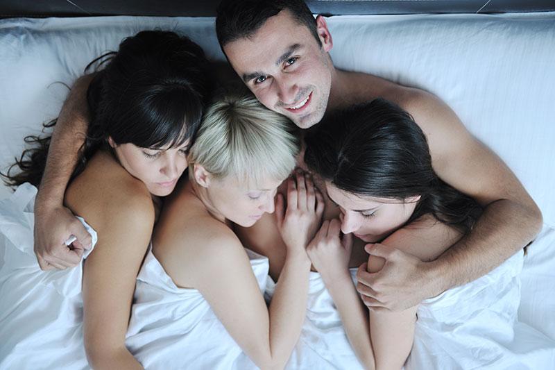 этого понимаю, моя жена любит втроем секс видео блондинка